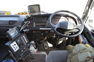Amphibious_Bus_Challenger,_driver's_seat_in_2010-04-10