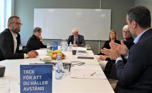 Sveriges kristna råds presidium i sammanträde med Folkhälsomyndigheten, som får skildringar av de svårigheter gudstjänstfirande och diakonalt verksamma församlingar möter under pandemin.